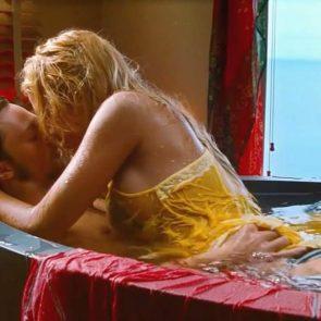 Blake Lively sex scene in bathtub