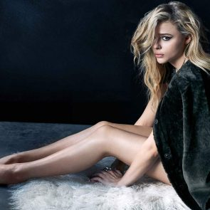 Chloe Grace Moretz nude feet