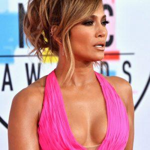 Jennifer Lopez Cleavage At American Music Awards