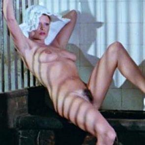 Retro Porn - Die Nichten der Frau Oberst