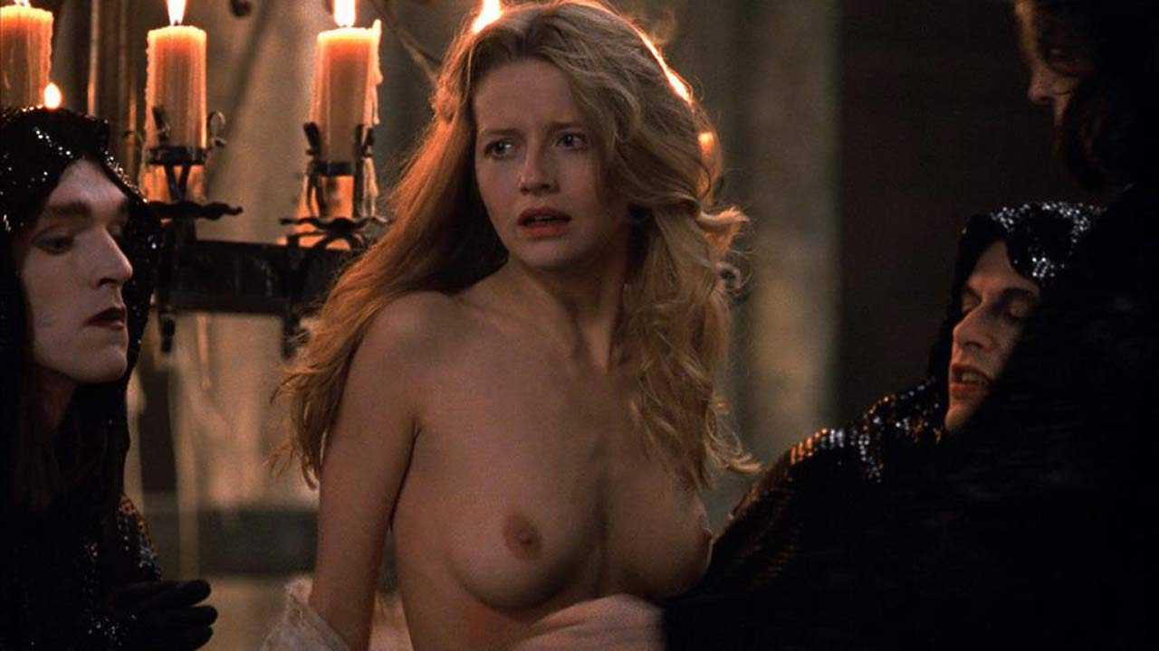 Interview with a vampire nude scene