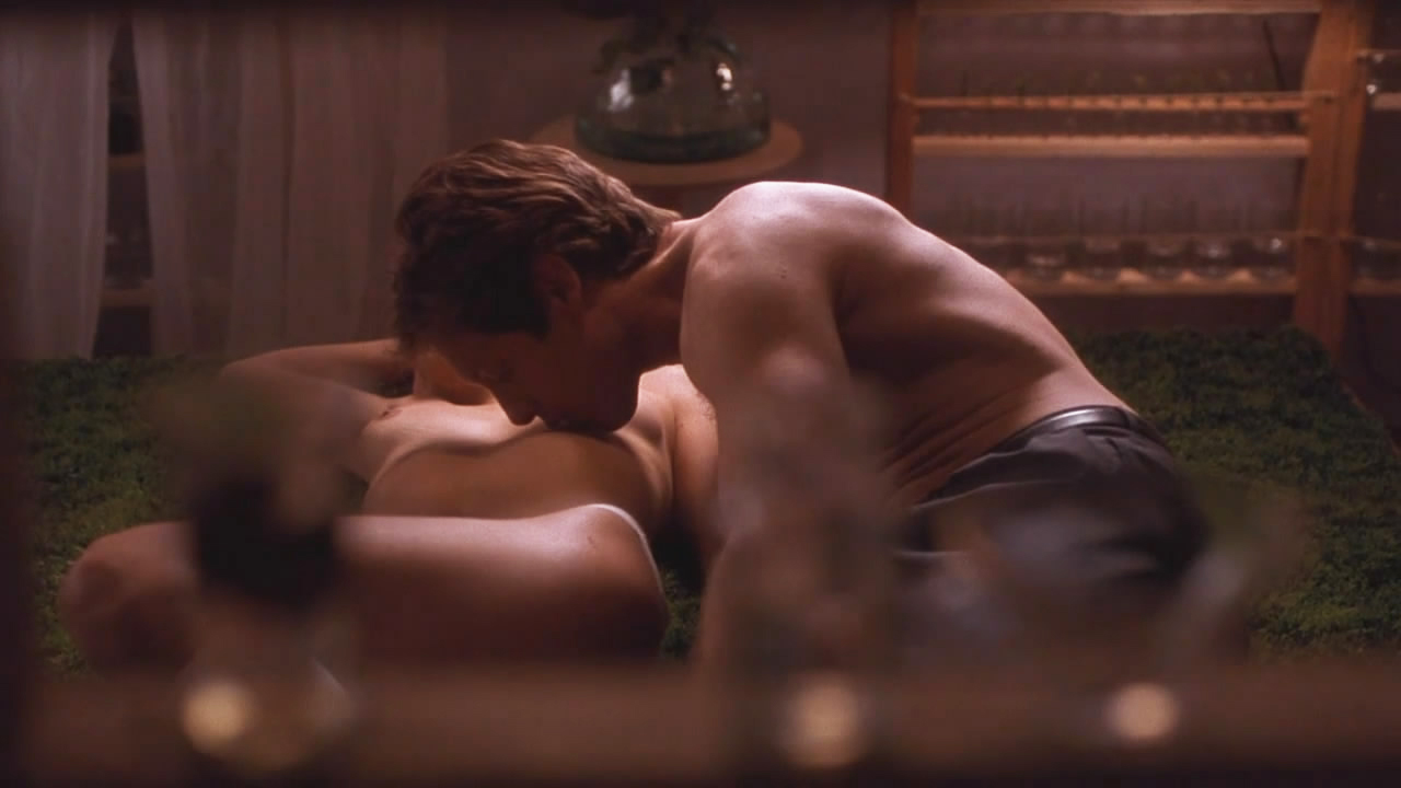 Maggie gyllenhaal secretay sex clip