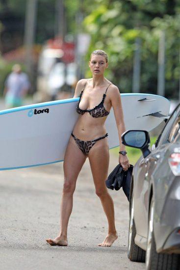 Kelly Rohrbach hot in bikini