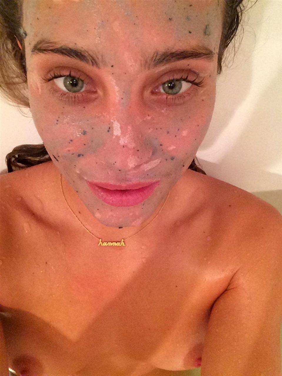 Hannah Davis Nude Leaked Pics