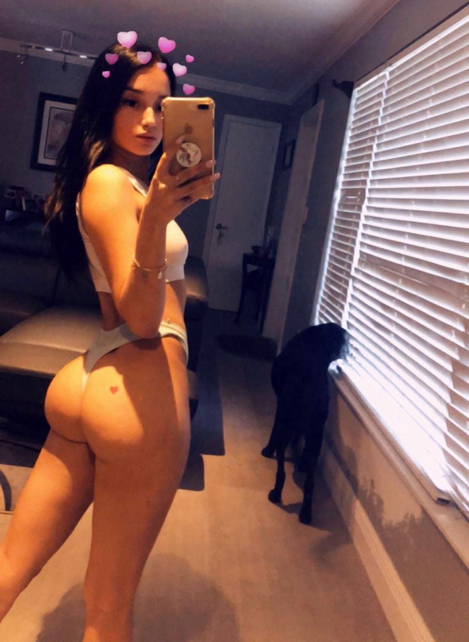 Porn litl model