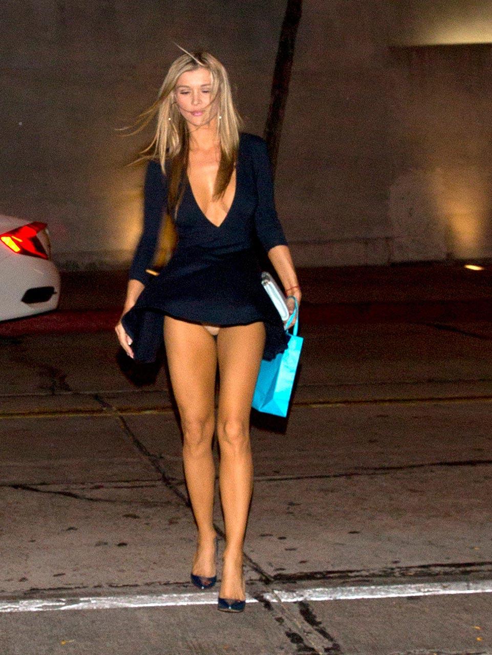 celebrity upskirt no panties compilation