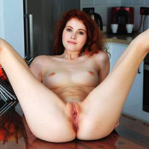 Heidi Romanova Nude Lesbian Pics