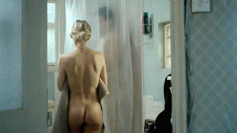 Kate Hudson naked ass
