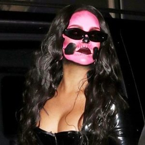 Rihanna Sexy Halloween Costume – Skull Diva is Here !