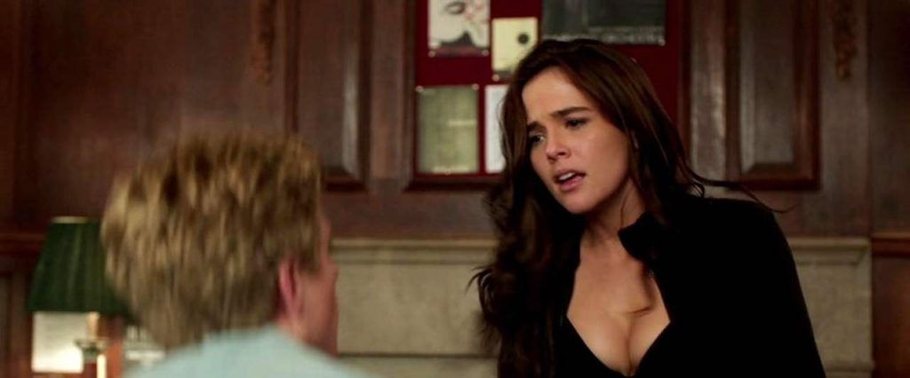Zoey Deutch Nude & Sexy Pics And Topless Sex Scenes 123