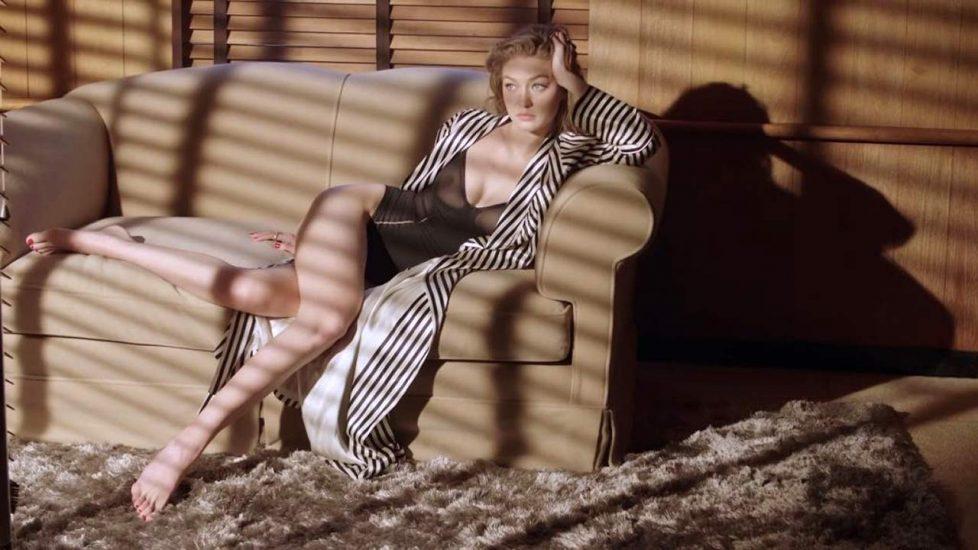 Gigi Hadid Nude – 2021 ULTIMATE COLLECTION 22