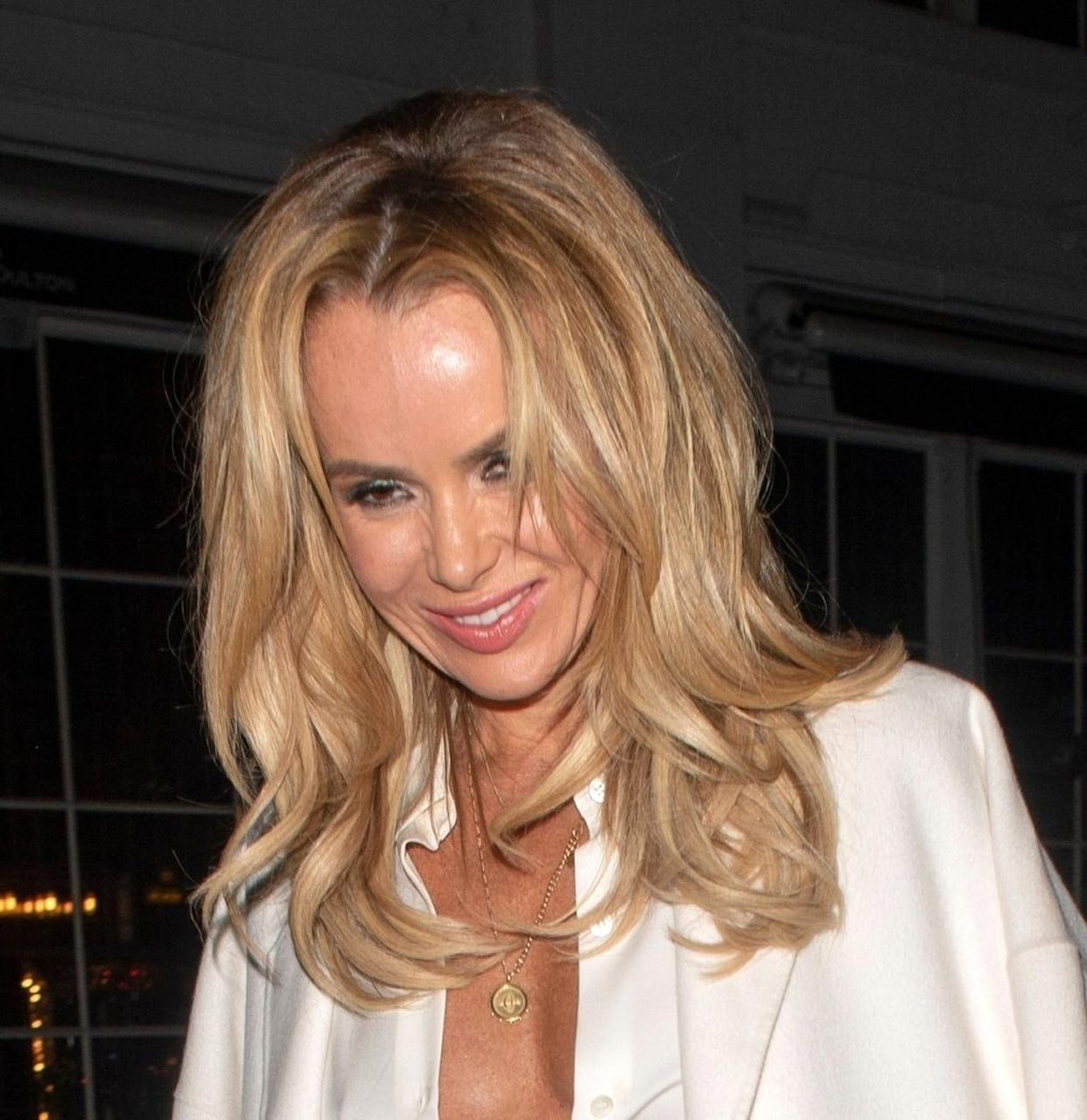 Amanda Holden Tits amanda holden naked tits flash while braless - scandal planet