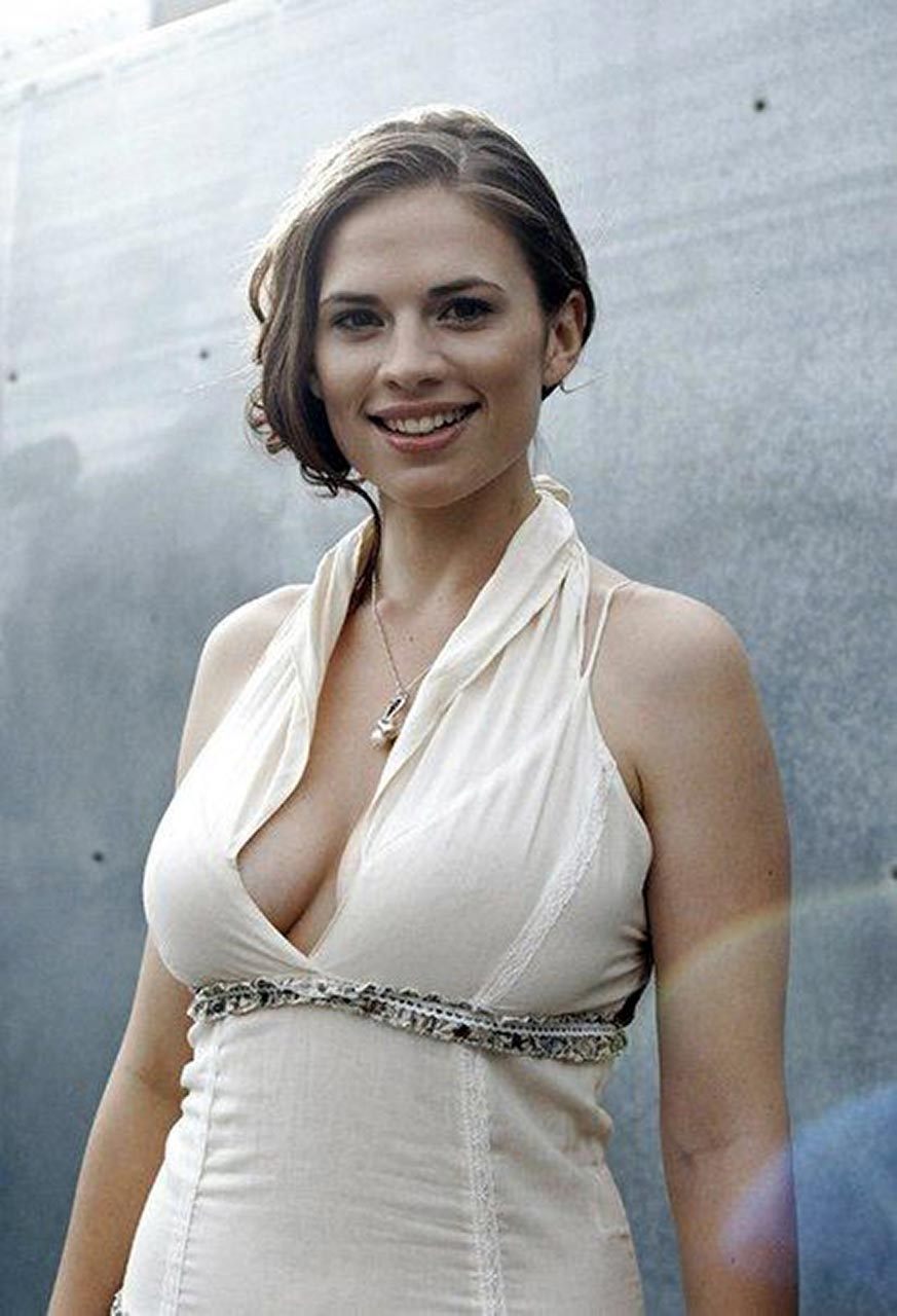 Hayley atwell naked