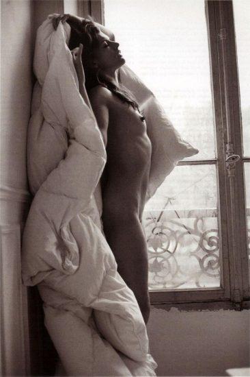 Milla Jovovich NUDE, Sex Scenes and PORN 14