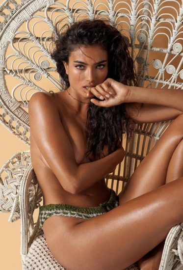 Kelly Gale Nude & Topless Pics And LEAKED Sex Tape 30