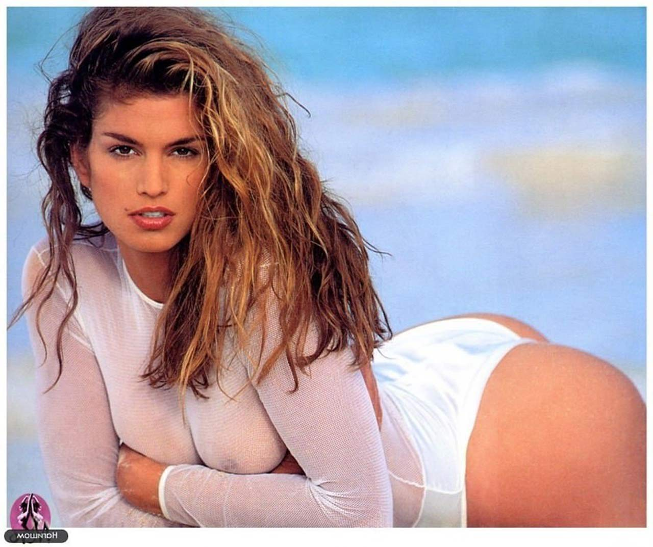 Cindy Crawford nude pics