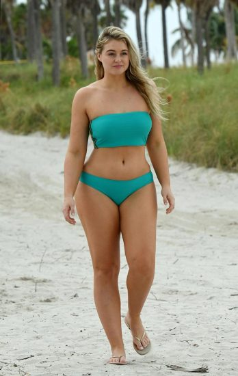 Iskra Lawrence Nude & Topless Pics And LEAKED Porn 53