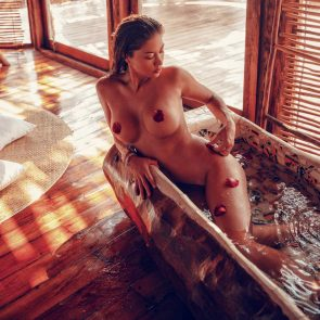 Arianny Celeste nude in the bathtub