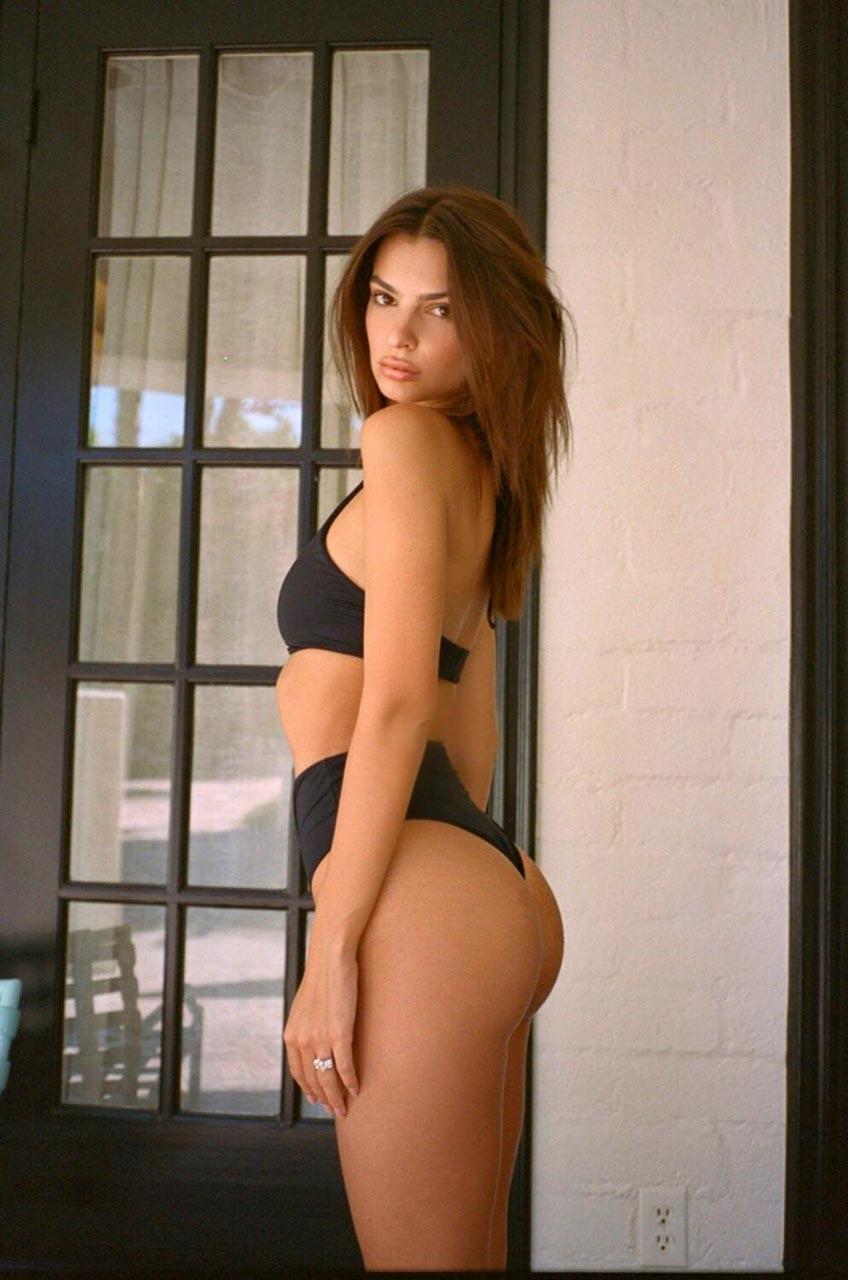Emily ratajkowski sexy 9 hot photos naked (98 pictures)