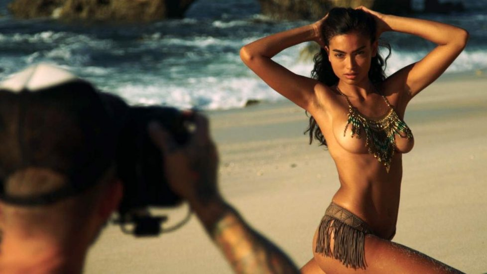 Kelly Gale Nude & Topless Pics And LEAKED Sex Tape 41