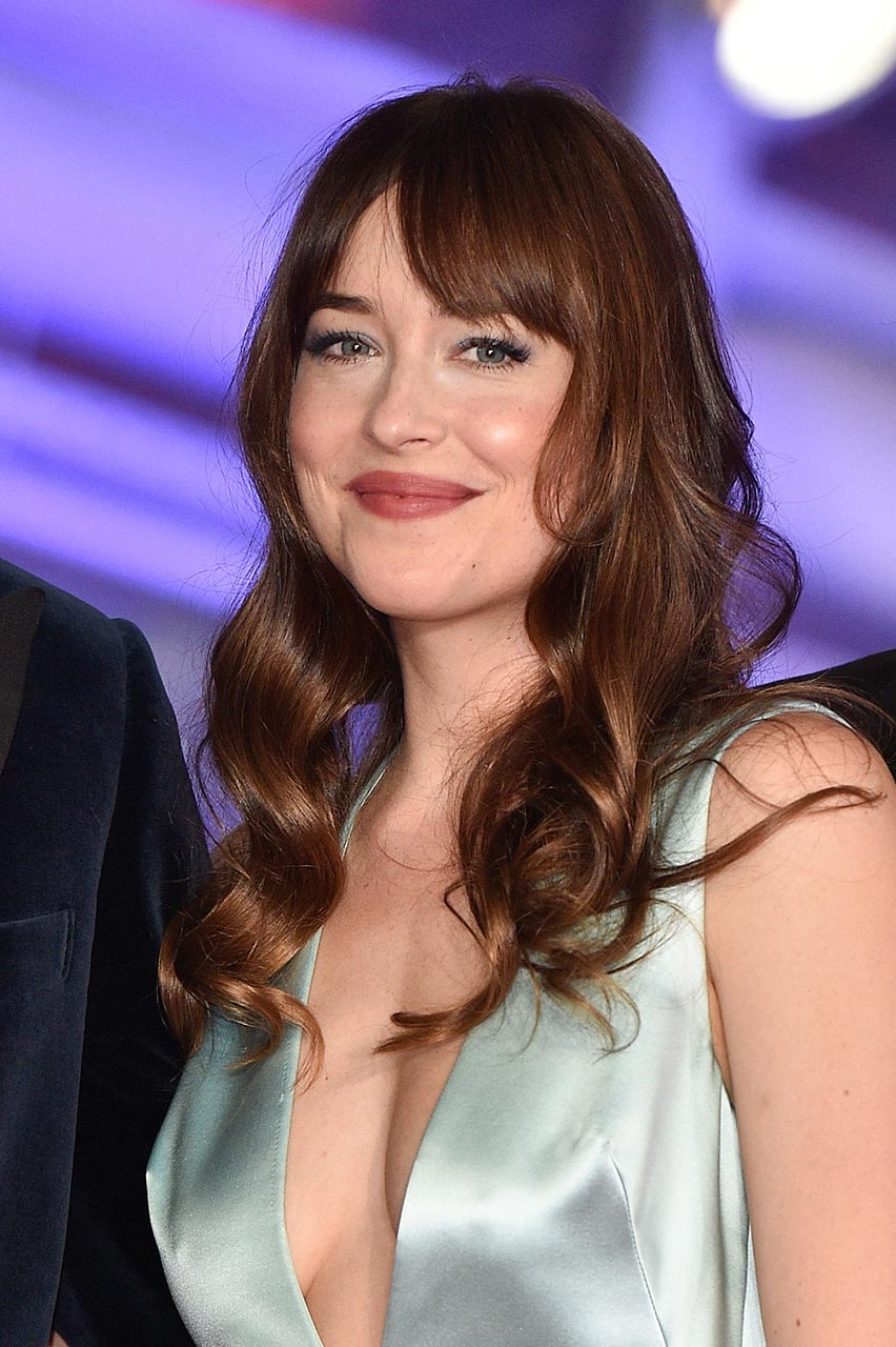 Dakota Johnson Cleavage at Marrakech Film Festival ...