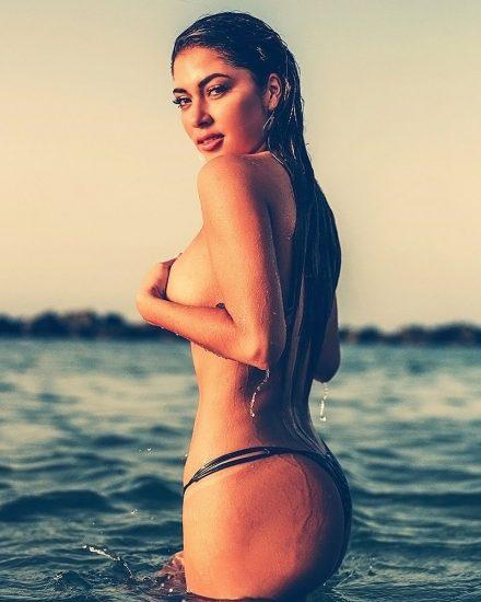 Arianny Celeste nude pic