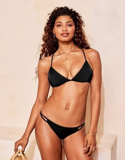 Danielle Herrington NUDE & Topless Pics for Sports Illustrated 134