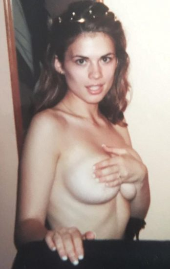 Hayley Atwell topless leaked photo