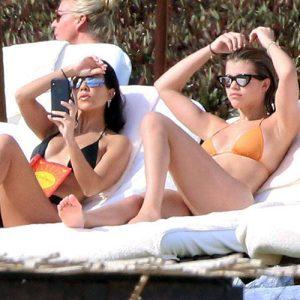 Kourtney Kardashian & Sofia Richie Seen Together in Mexico !