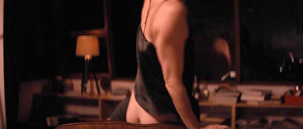 Mary Elizabeth Winstead nude ass scene