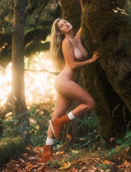 Megan Moore Nude Pics & LEAKED Sex Tape Porn 35
