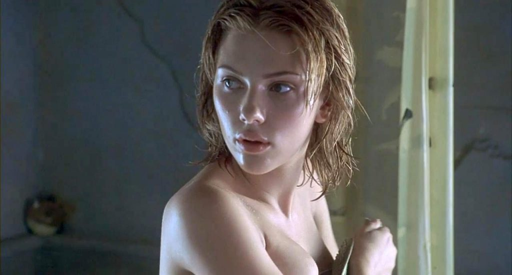 Scarlett Johansson naked tits