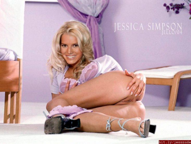 Jessica Simpson nude pussy spread