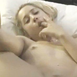 Iggy Azalea naked tits and pussy