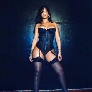 Rihanna Naked Leaks and PORN Sex Tape [2021 NEWS] 90