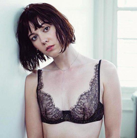 Mary Elizabeth Winstead tits