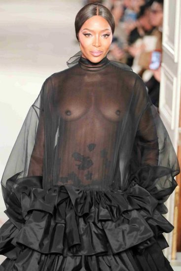 Naomi Campbell NUDE Pics & Topless Sexy Images Collection 64