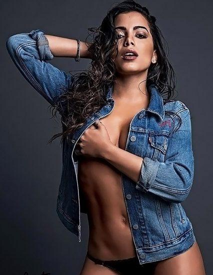 Anitta nude boobs