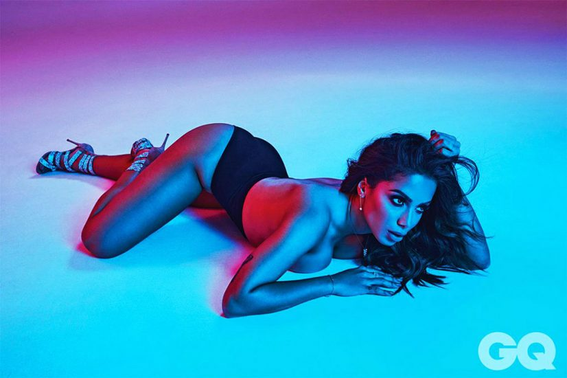 Anitta nude boobs pic