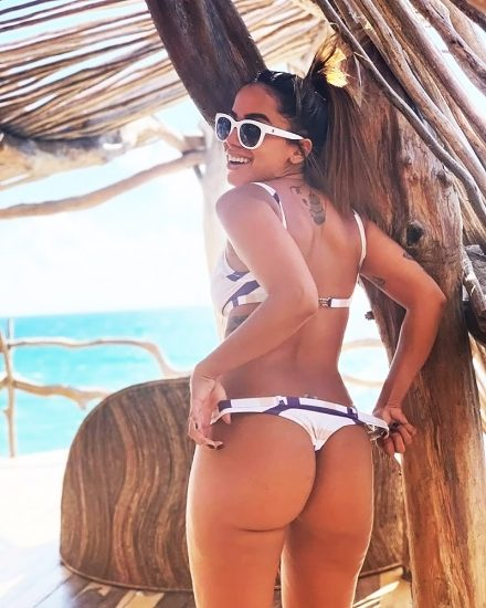 Anitta booty
