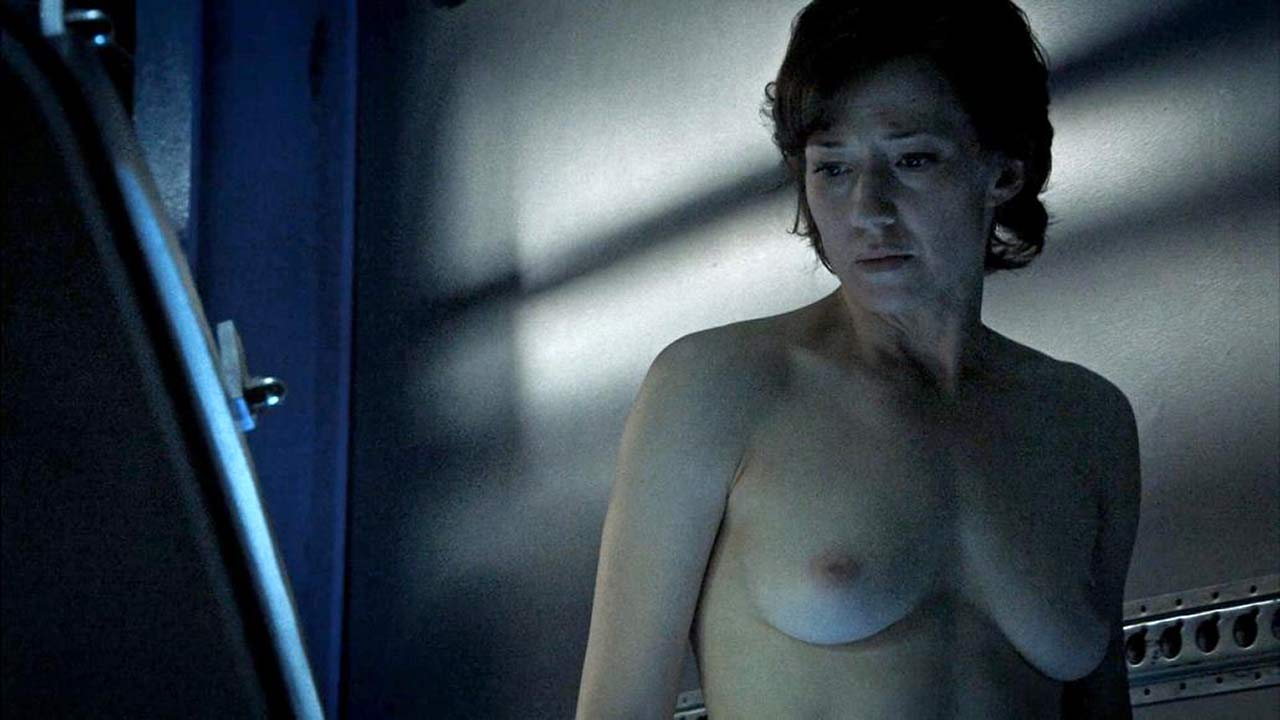 Carrie Coon Naked