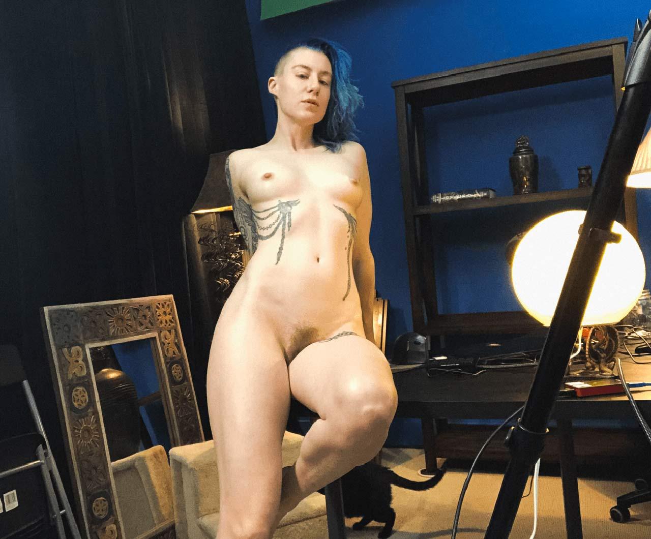 Comicbookgirl19 nude