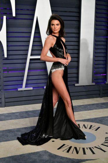 Kendall Jenner pussy upksirt