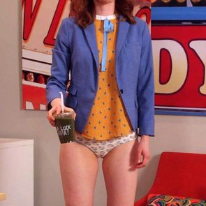 Ellie Kemper Nude Leaked Photos and Porn Video 12