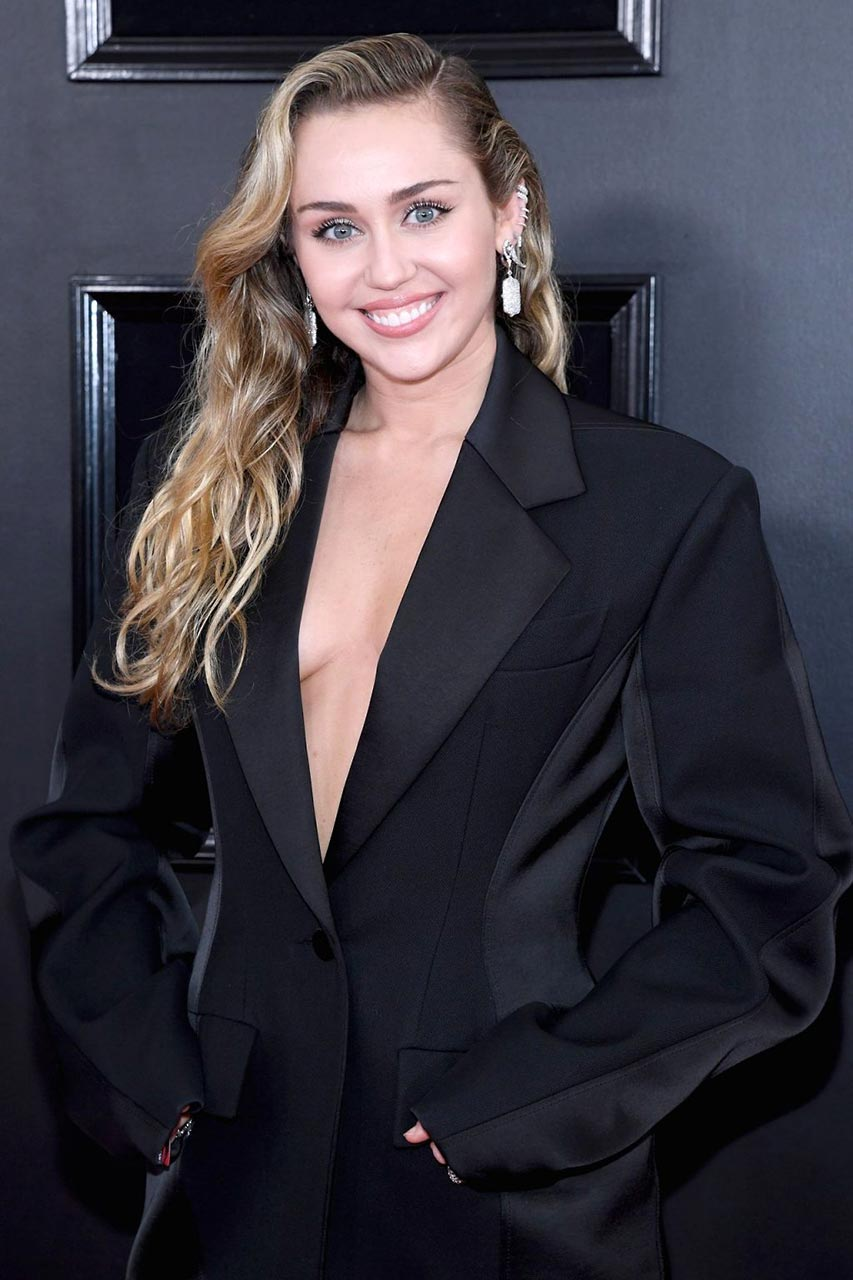 Miley Cyrus Braless For Grammy Awards 2019
