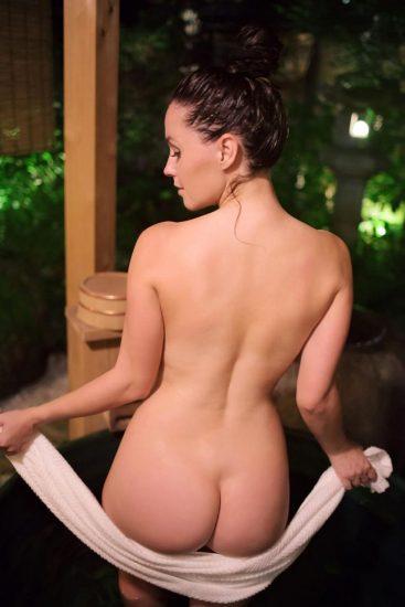 Meg Turney nude butt