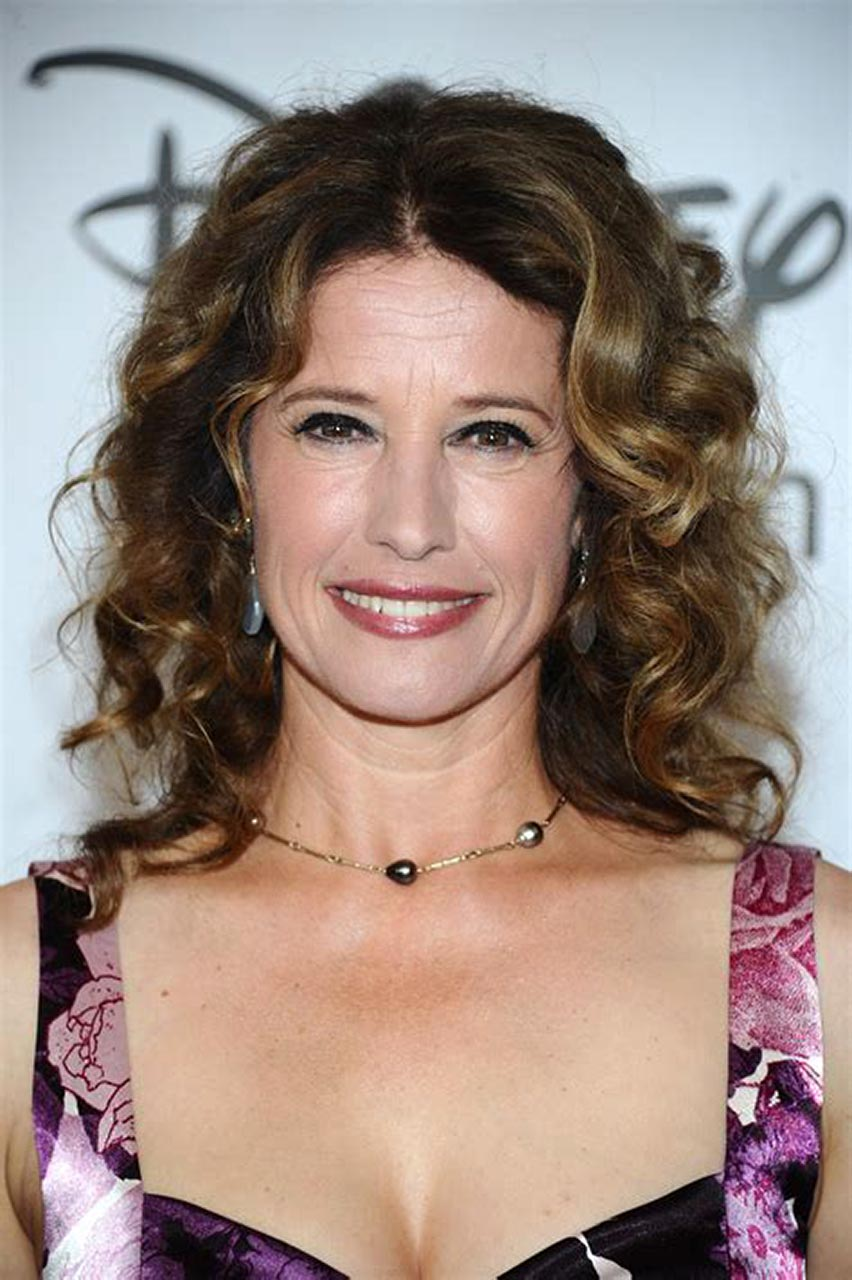 Nancy Travis Nude and Sexy Photos - Scandal Planet