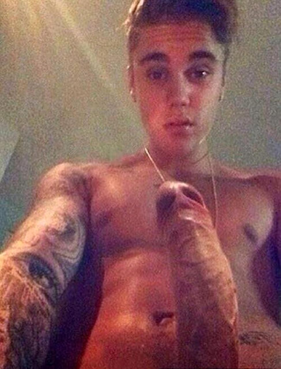 Justin Bieber Nude Leaked Photos Scandal Planet