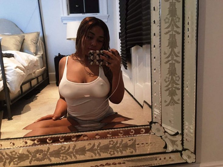 Jordyn Woods nude boobs