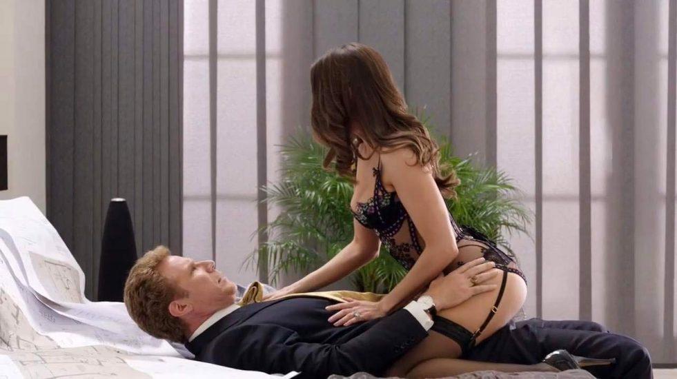 Alison Brie Nude LEAKED Pics & Sex Tape + Scenes Compilation [2021] 20